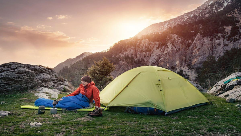 Keeping Out Excess Moisture From Your Sleeping Bag